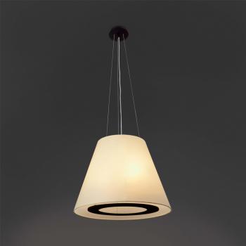 Lámpara de aspecto clásico y pantalla pergamino con tres portalámpara E27