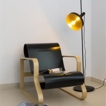 Dinay lámpara portátil en negro y oro satinado