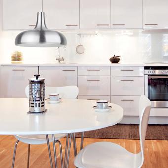Luminaria colgante estilo moderno en aluminio con  portalámpara E27