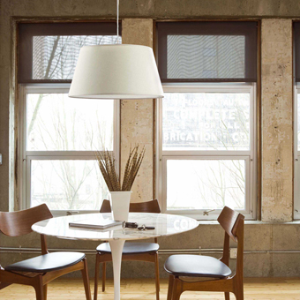 Hanging lamp with beige fabric screen and Eco 42W bulb